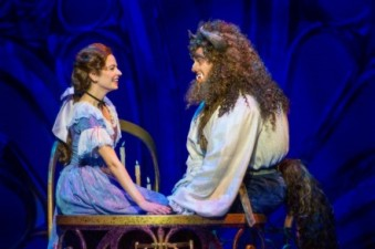 hilary_maiberger_as_belle_and_darick_pead_as_beast_in_disneys_beauty_and_the_beast-_photo_by_amy_boyle-e1440296053460
